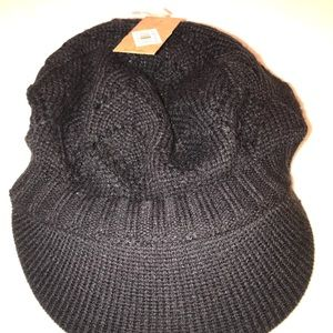 Bp knitted hat.